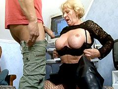 Big tits granny whore sucking cock and wild doggystyle pumping