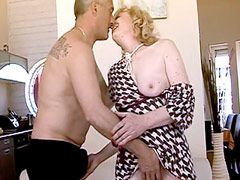 Blonde mature whore with hairy holes sucking cock and fucking hard