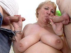 Busty granny babe gets penetration from tree hard cocks