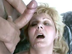 Blonde mature lady gives blowjob and gets big dick in..