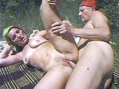 Granny whore gives blowjob and gets dped In the garden