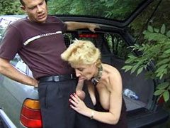 Old lady in black stockings sucking and hard fucked in car