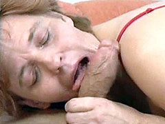Old mom fucked by horny doctor