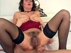 Housewife babe with very hairy pussy jumping on big cock