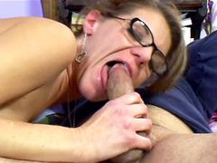 Milf lady in glasses gives hot blowjob for facial cum