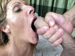 Mature lady play with dildo and gets..