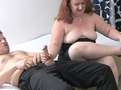Smoking chubby mature wife sucked cock for cumshot