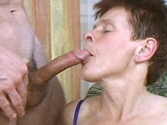 Young dick hard screwing mature chick..