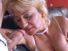 Granny blonde lady gives hot blowjob for facial cum