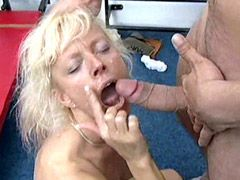 Blonde mature blowjob and hardcore action