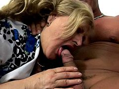 Chubby pale mature blonde getting fucking on sofa for facial cum
