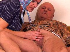 Unsatisfied granny jerking and wild eating small hot cock