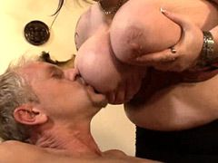 Chubby mature babes with huge tits gives hot blowjob and fuck