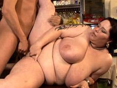 Chubby mature babes with huge tits gives hot blowjob and..