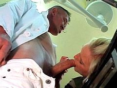Older blonde women gives hard blowjob to doctor and fucking