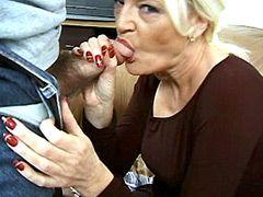 Blonde old mom gets facial cumshot after mmf groupsex