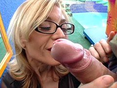Blonde mature babe sucking..