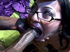 Huge black dong screwing mature whore