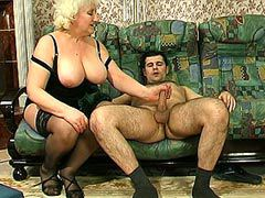 Big boobs granny jerking and riding cock for hot crempie