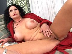 Big boobs brunette mature chick riding strong white cock