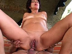 Strong white cock deep penetrated in hot mature ass
