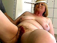 Granny gets hard penetrated on sofa and facialed