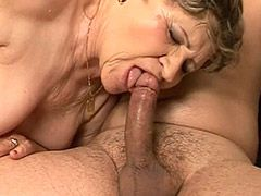 Granny babe fucked on sofa by big..