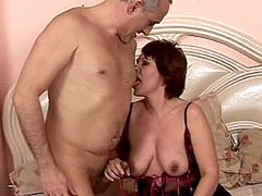 Brunette mature babe gets hard cock in huge hole