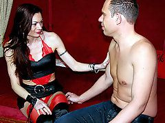 Skanky Milf HookerThis tourist ordered a slutty brunette hooker who just loved to do it all;..