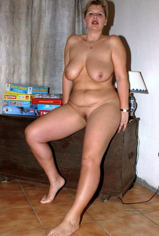 voluptuous mature women